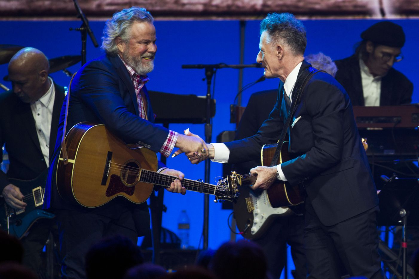 Robert Earl Keen and Lyle Lovett perform together.