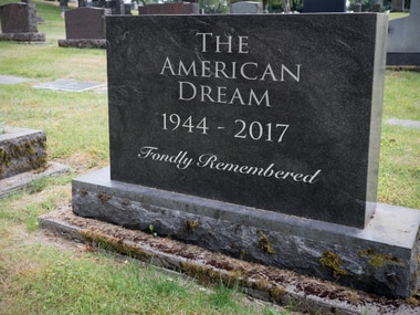 There are several websites that will help you generate a memorable epitaph.