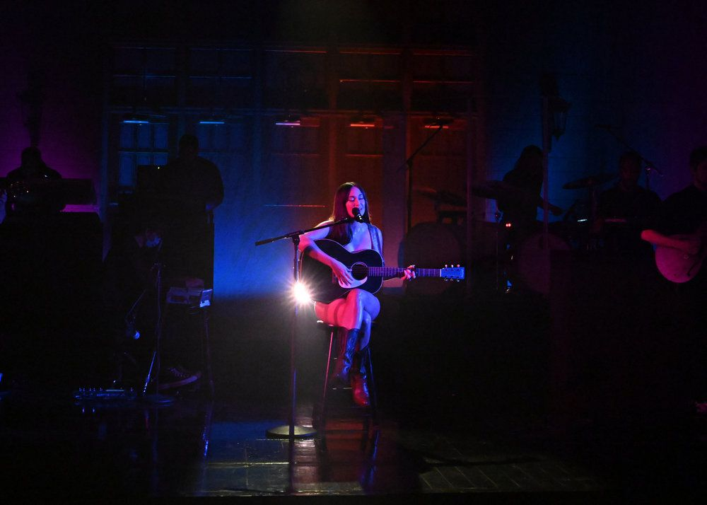 """Kacey Musgraves performs """"Justified,"""" a single off her new album """"Star-Crossed"""" on the season premiere of """"Saturday Night Live."""""""