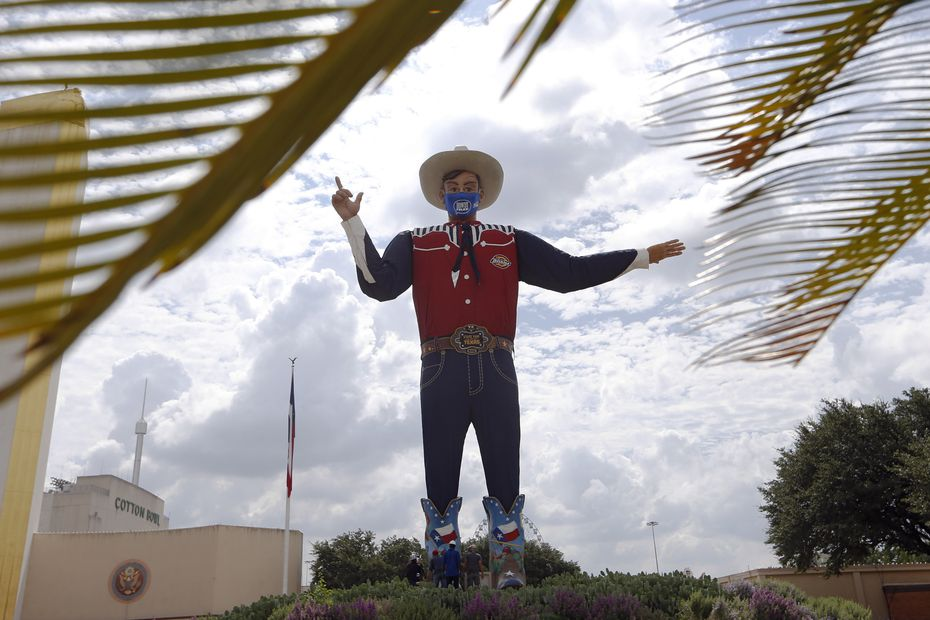 Big Tex is 55 feet tall.