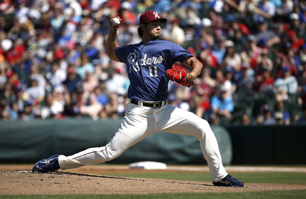 FRISCO, TX - MAY 1:  Pitcher Yu Darvish #11 of the Frisco RoughRiders throws against the Corpus Christi Hooks in the first inning at Dr Pepper Ballpark on May 1, 2016 in Frisco, Texas. Darvish is on Major League rehabilitation assignment with the RoughRiders, the Double-A affiliate of the Texas Rangers.  (Photo by Ron Jenkins/Getty Images)
