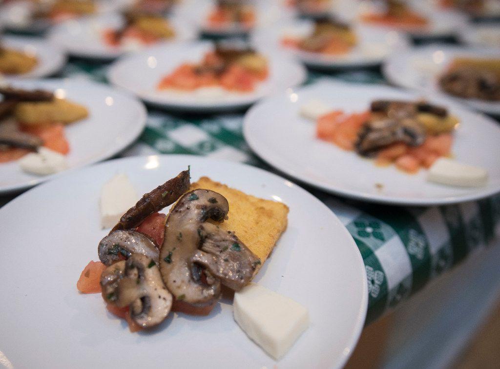 Polenta crostinis with mushrooms.