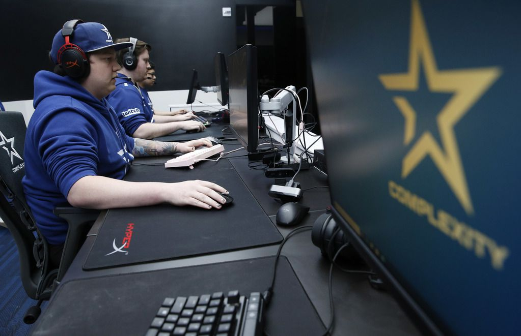 """The Complexity Gaming Apex Legends Bowen """"Monsoon"""" Fuller competes in Apex Legends with his teammates at Complexity Gaming headquarters inside the GameStop Performance Center at The Star, in Frisco on Thursday, March 5, 2020."""
