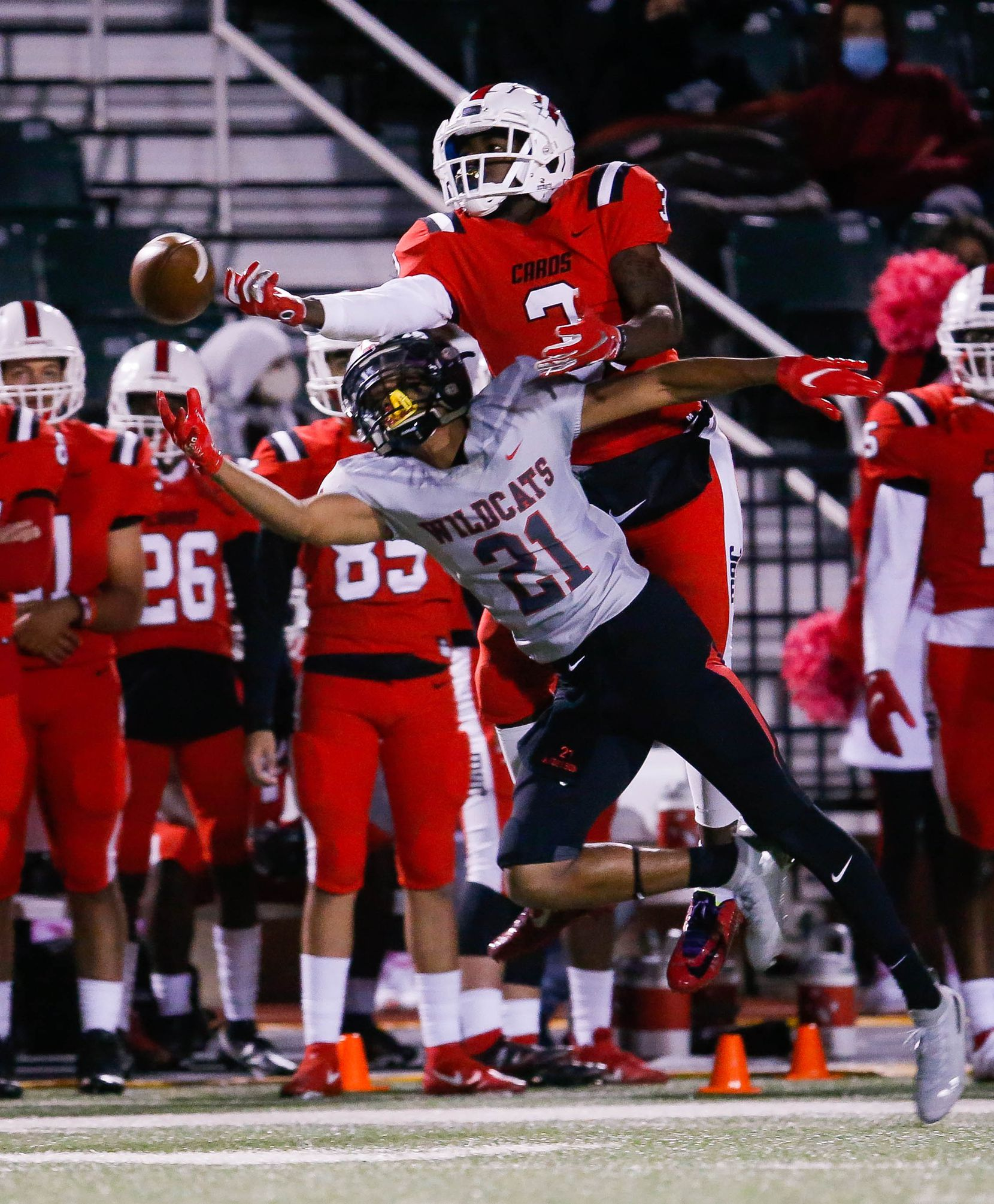 Irving MacArthur's Davion Daily (3) fails to catch the ball during the fourth quarter of a high school football game against Lake Highlands at Joy & Ralph Ellis Stadium in Irving on Friday, Oct. 23, 2020. (Juan Figueroa/ The Dallas Morning News)