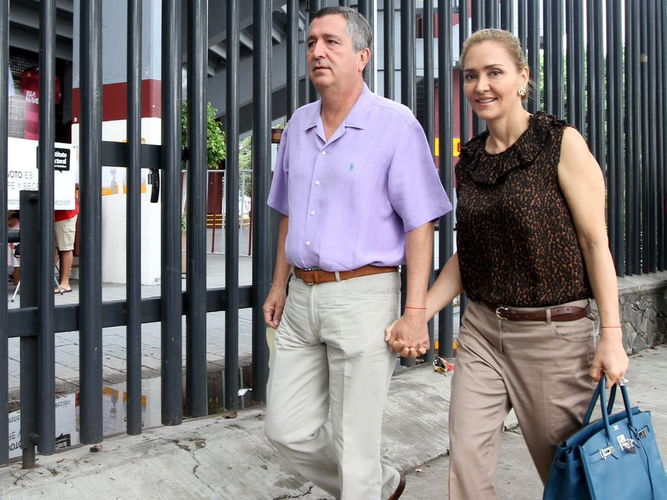 Angélica Fuentes y Jorge Vergara se divorciaron en el 2015 y a partir de ese momento se desató una fuerte lucha legal. (Agencia Reforma)