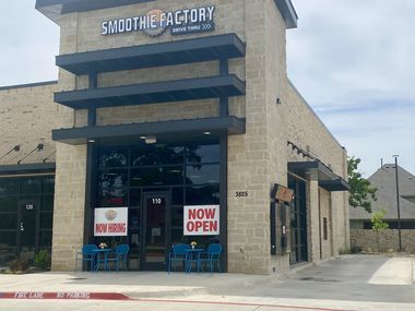 A drive-through Smoothie Factory has opened in Colleyville.