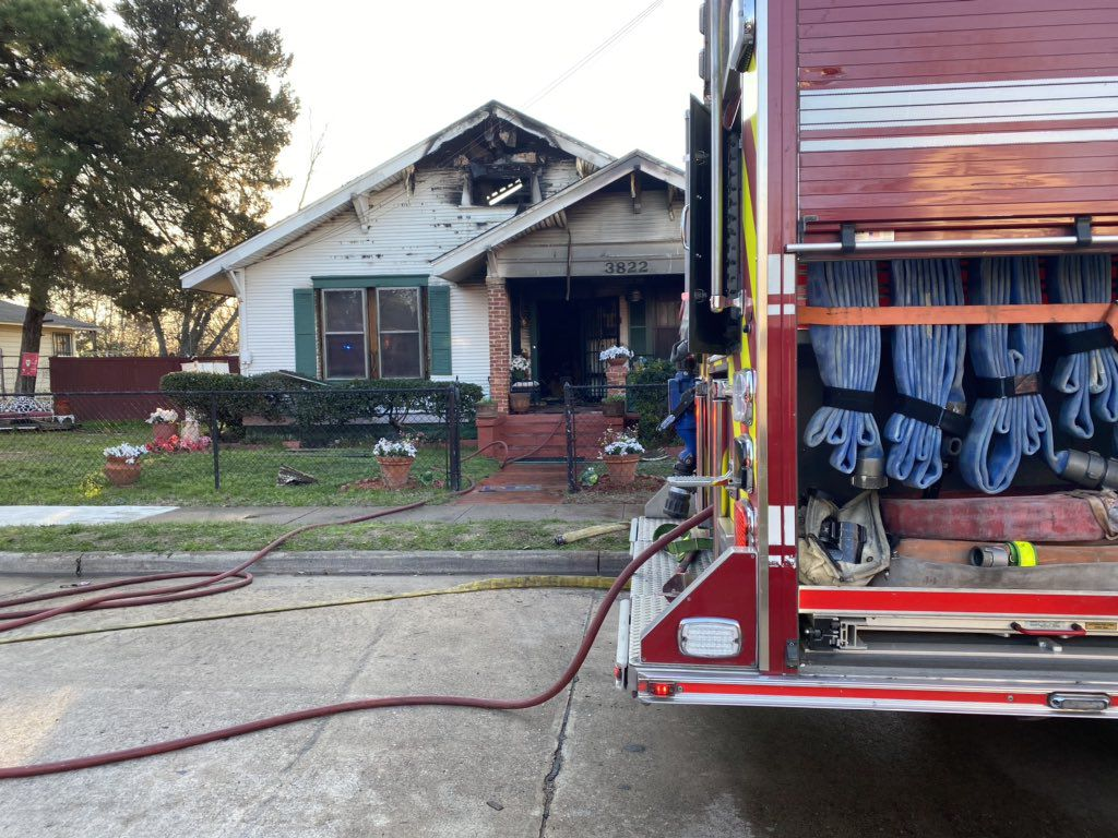 An elderly woman died in a South Dallas house fire Friday morning.
