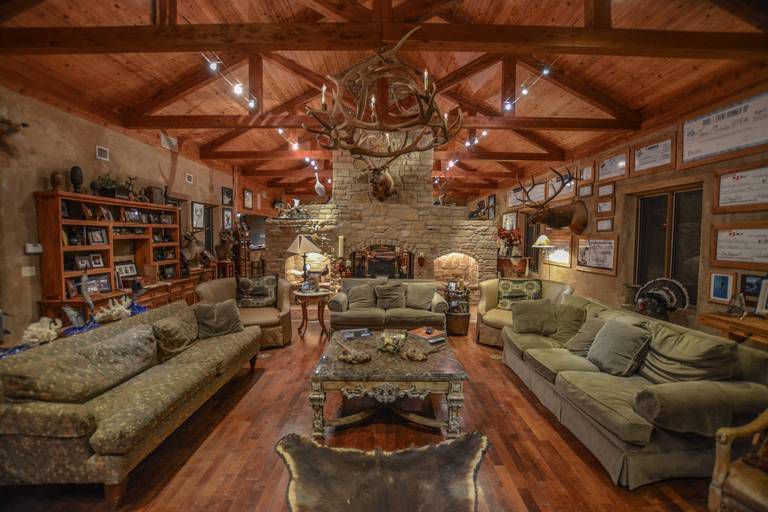 The La Bandera Ranch has three hunting lodges with 42 bedrooms.