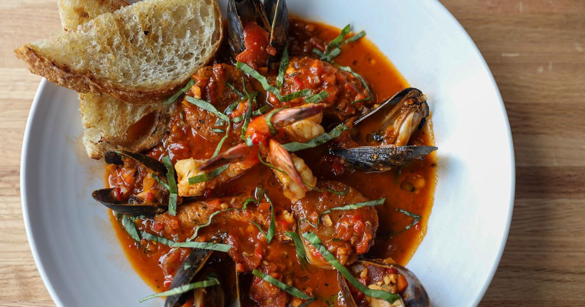 New Irving restaurant Pacific Table is inspired by the seafood of the Pacific Northwest