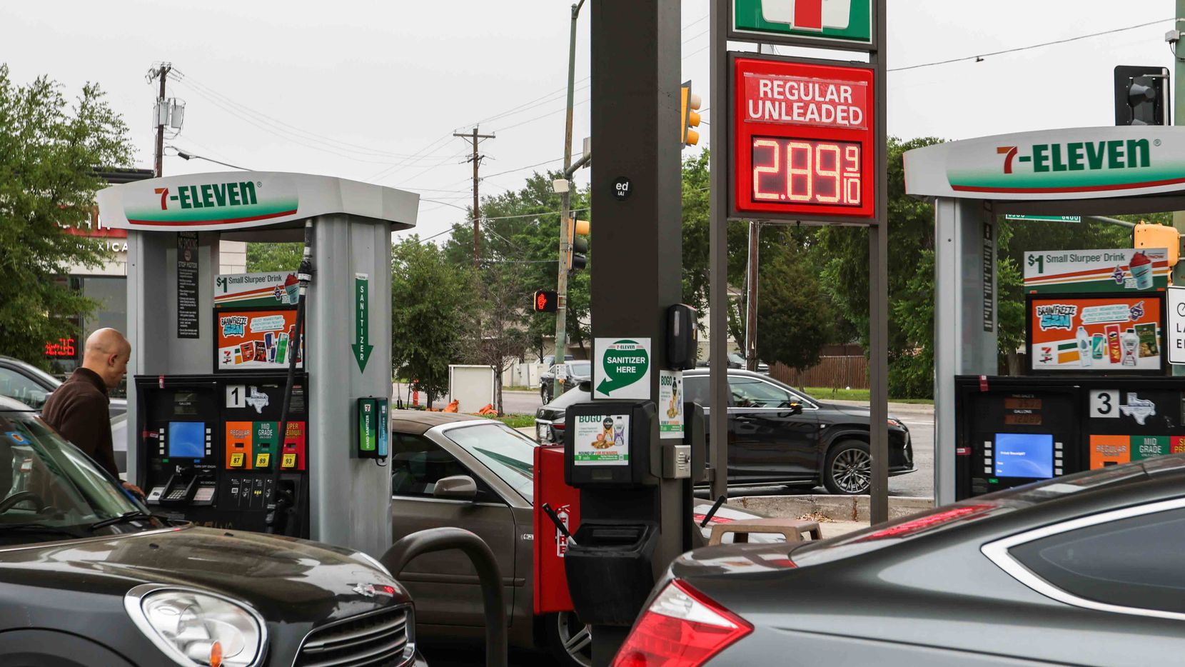Irving-based 7-Eleven is a major U.S. seller of gasoline. Now it's adding electric vehicle charging to its parking lots to remain convenient to a growing group of Americans buying electric vehicles.
