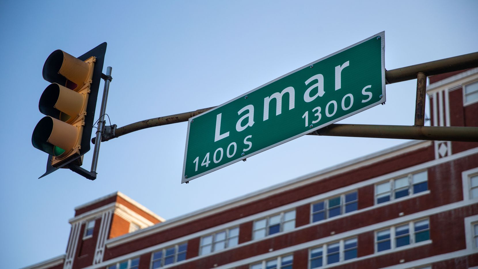 Lamar Street sign is photographed in Dallas on Friday, Jan. 8, 2021. The Dallas City Council is considering renaming a portion of South Lamar Street to Botham Jean Boulevard.  Jean was killed in his Lamar Street apartment in 2018 by then-Dallas police officer Amber Guyger. The proposal calls for renaming South Lamar Street between I-30 and South Central Expressway. (Lynda M. González/The Dallas Morning News)