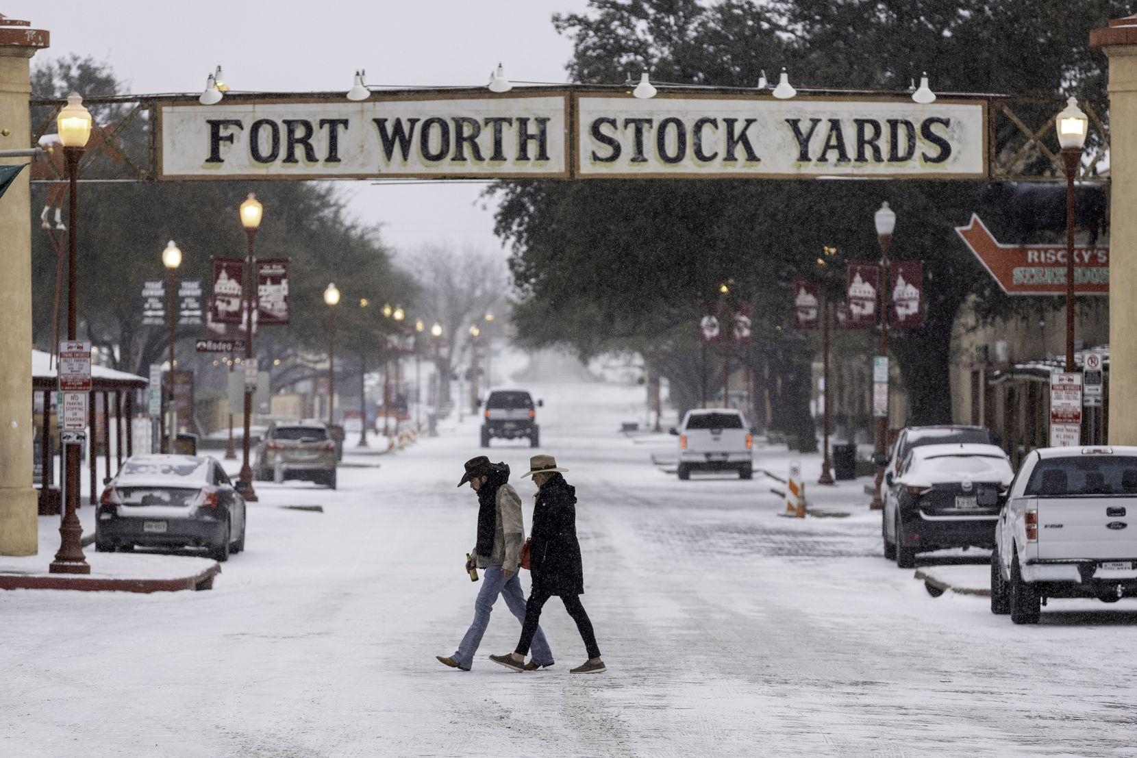 Nieve y hielo en el Norte de Texas el domingo 14 de febrero de 2021.