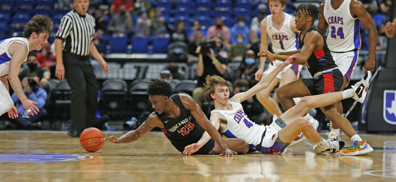 UIL boys Class 6A basketball state championship game between Duncanville and Austin Westlake on Saturday, March 13, 2021 at the Alamodome.