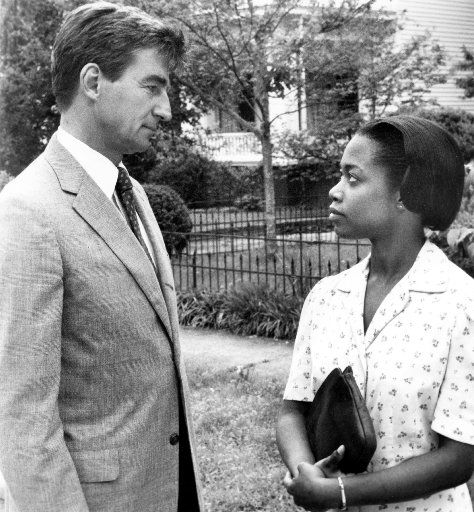 Sam Waterston stars as Forrest Bedford and Regina Taylor stars as Lilly Harper in I'll Fly Away.