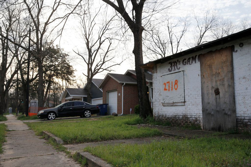 JR's Game Room is the sole remaining gambling house on a stretch of Bonton that killed this neighborhood long ago. It has been redone with Habitat houses, yet this open structure remains.
