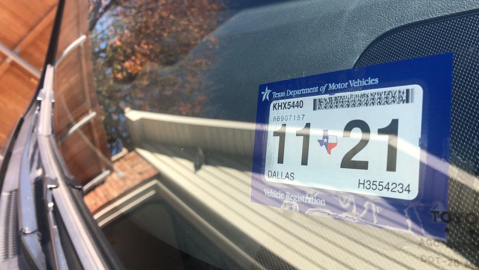 Los residentes del condado tienen hasta el 14 de abril de 2021 para registrar vehículos que se hayan retrasado durante la pandemia.