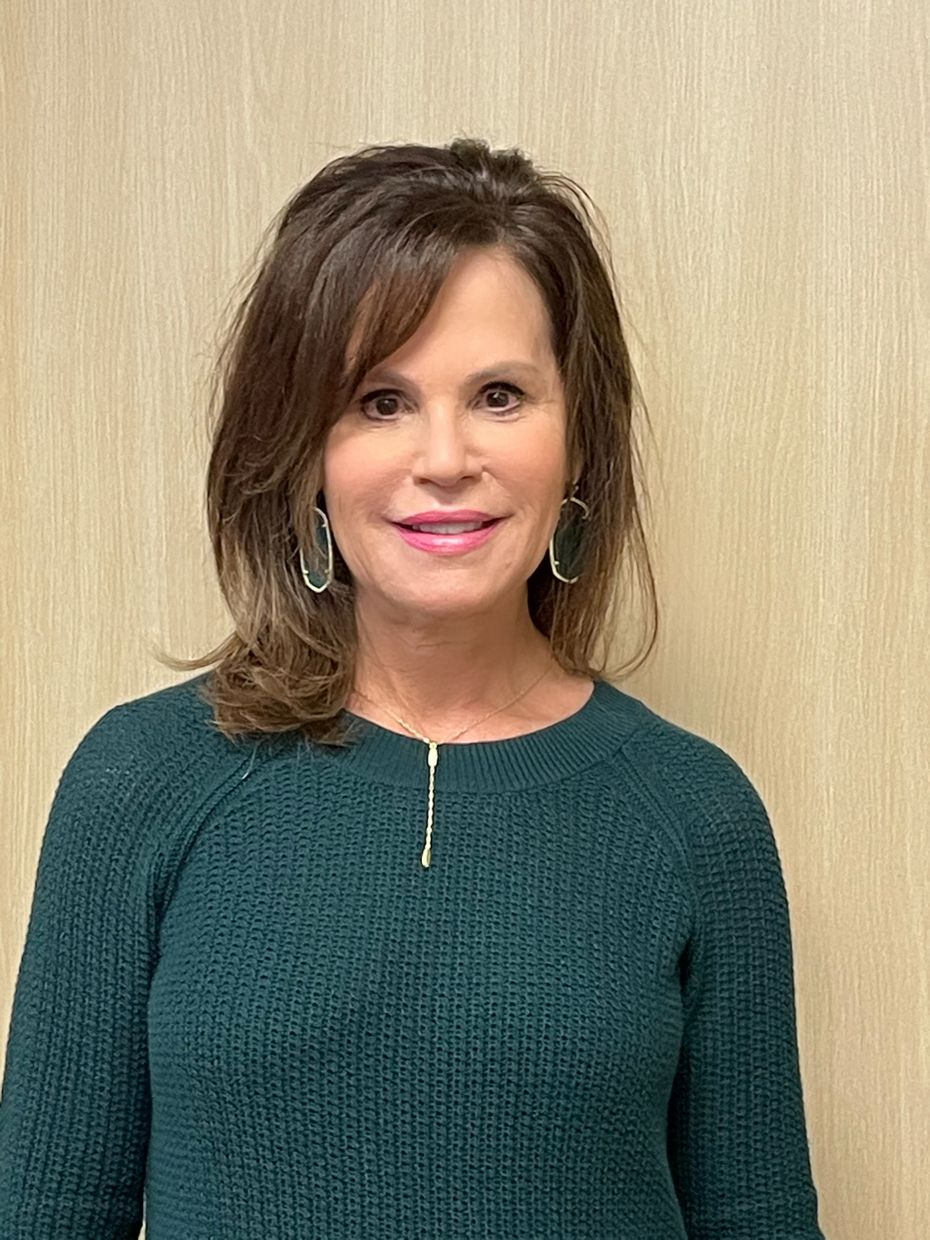 """Lori Goodman of Dallas, a coach for WW, says she needs to re-commit to her goals every day. """"Being healthy is not seasonal,"""" she says. """"You have to commit to a lifetime."""""""