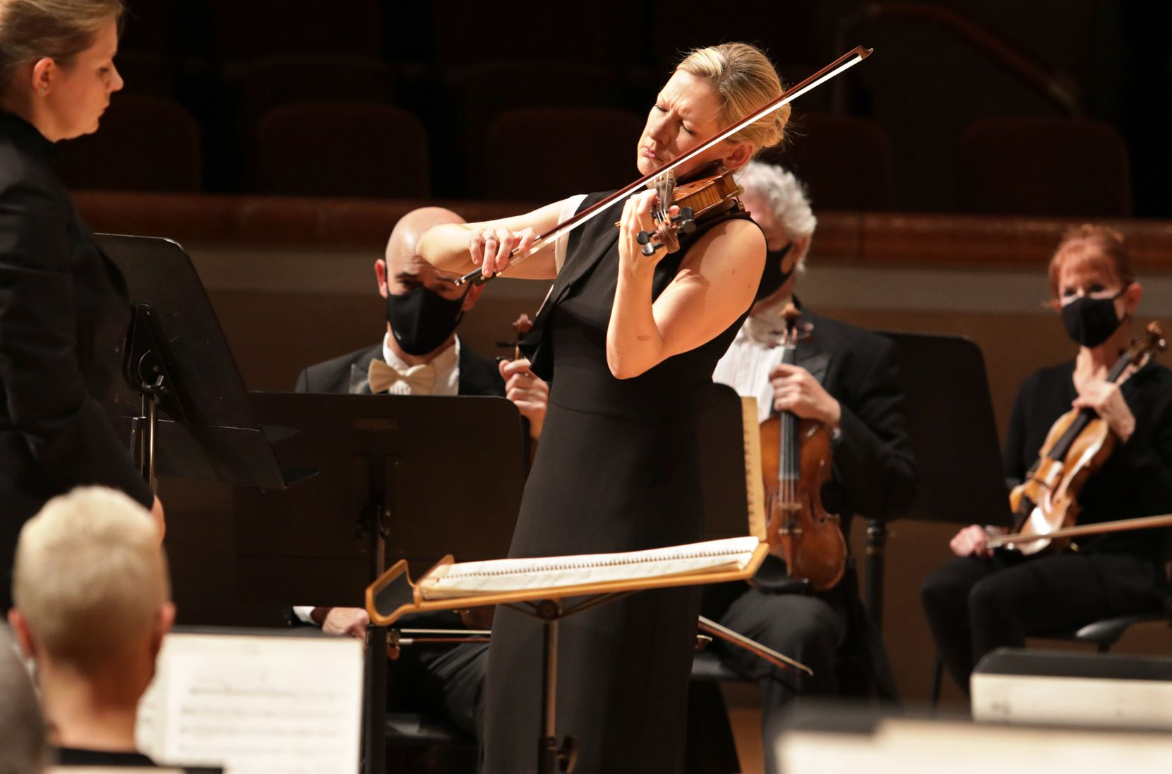 Violin soloist Angela Fuller Heyde performs with the Dallas Symphony Orchestra.
