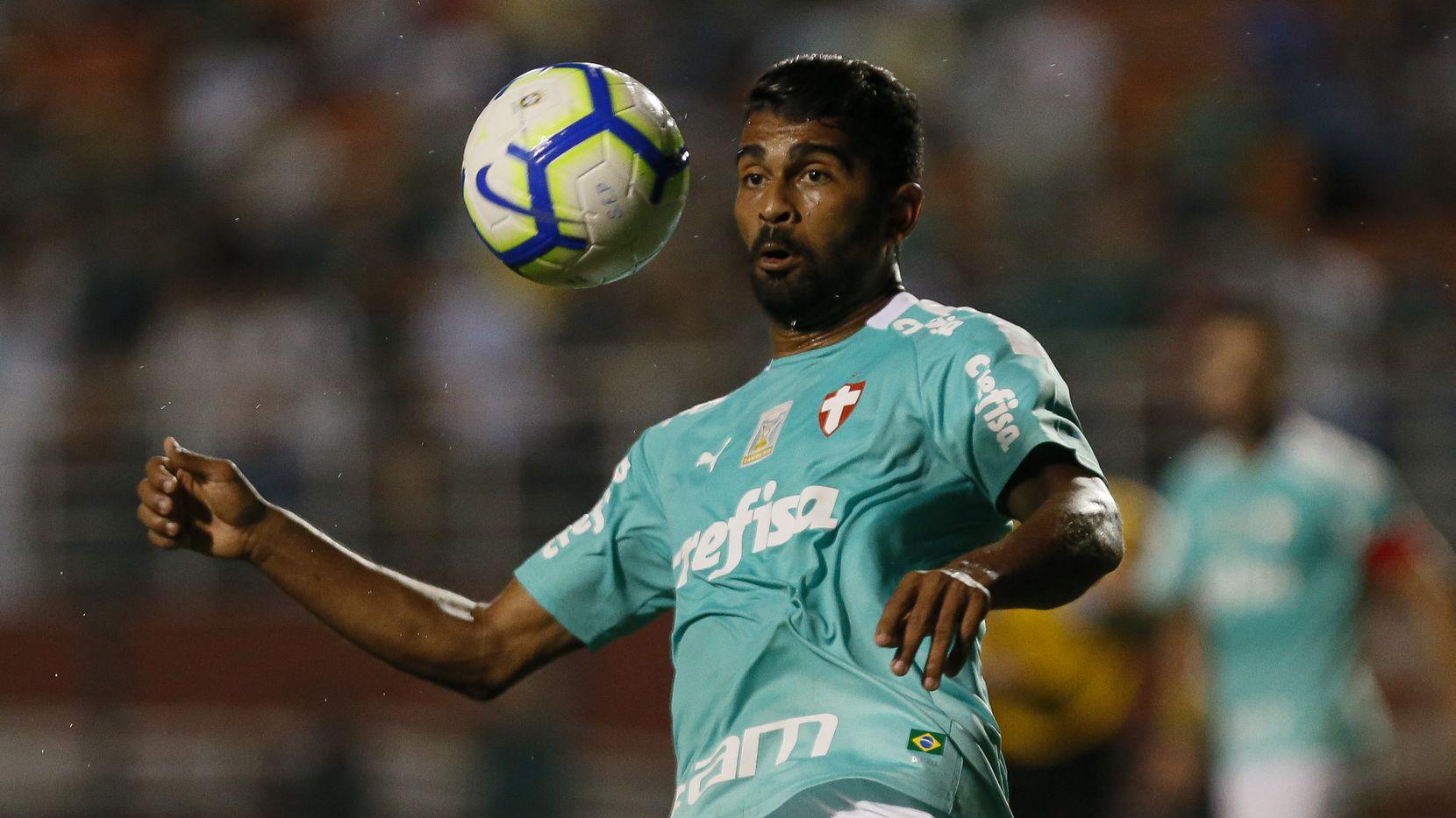 El mediocampista brasileño Thiago Santos es una de las contrataciones importantes del FC Dallas para esta temporada.