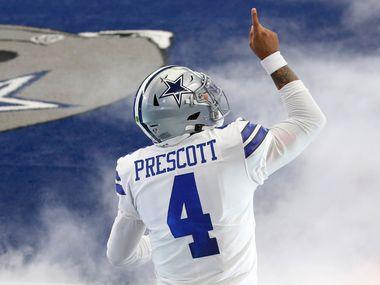 El mariscal de los Cowboys de Dallas, Dak Prescott, espera jugar en contra de los Vikings de Minnesota tras sufrir una distensión muscular en su pantorrilla derecha.