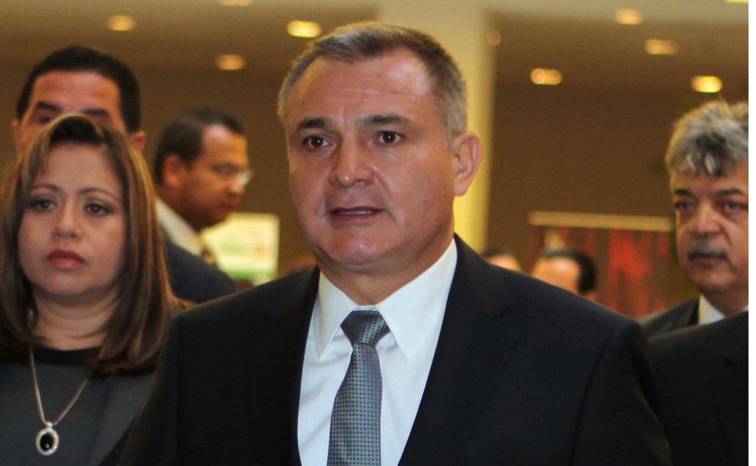 FGR aseguró tres propiedades de Genaro García Luna, los cuales podrían derivar del presunto enriquecimiento ilícito del ex funcionario.
