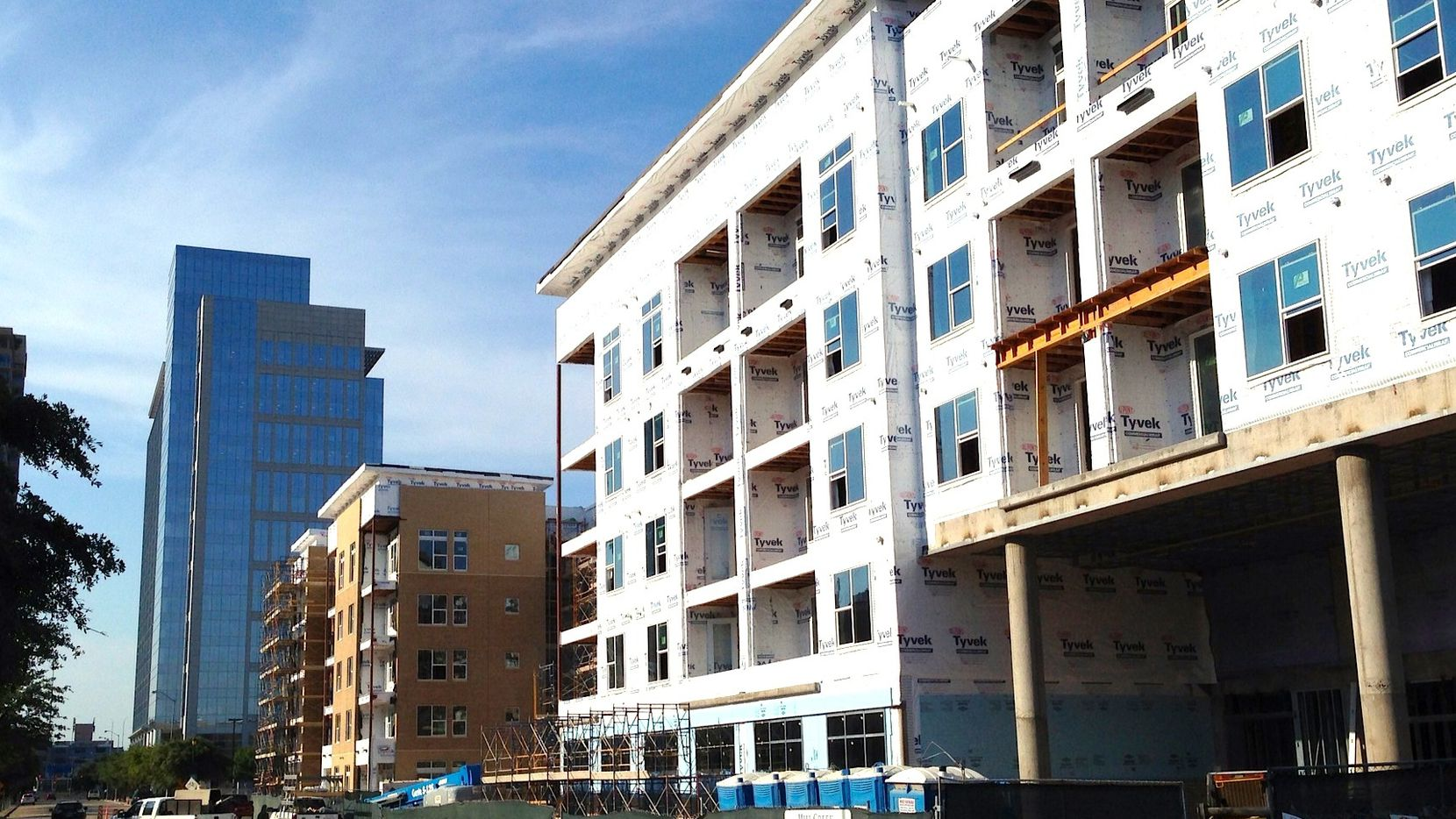 More than 40,000 apartments are being built in North Texas.