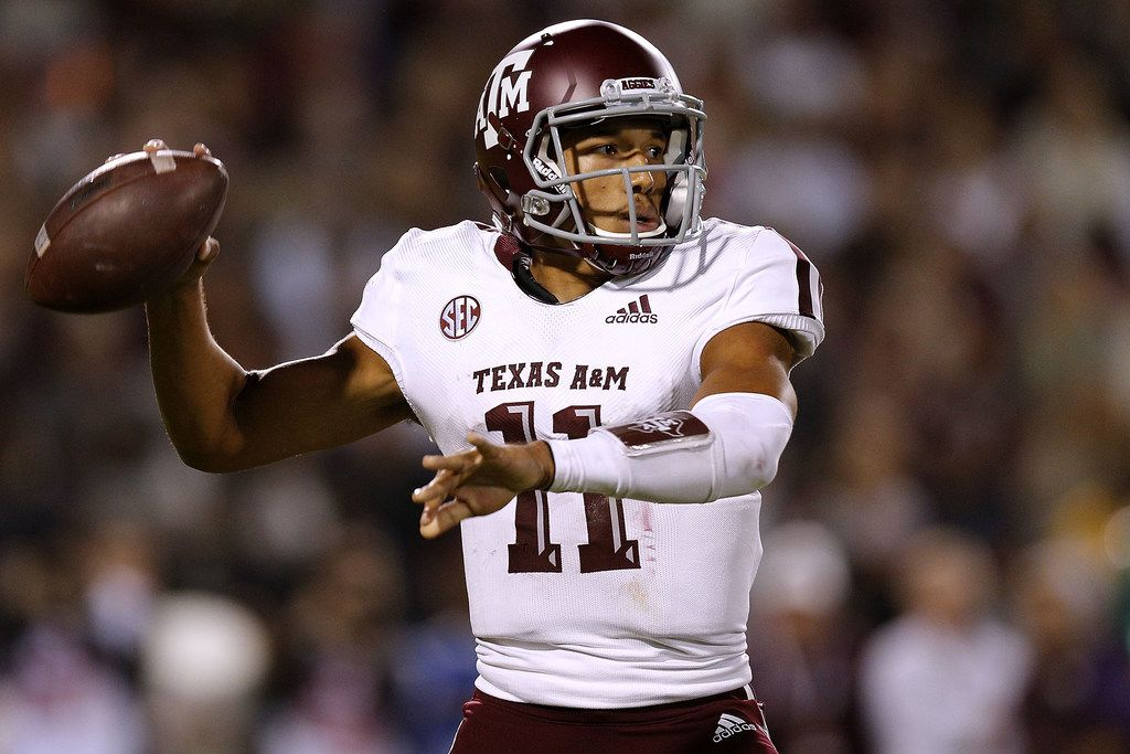 STARKVILLE, MS - OCTOBER 27: Kellen Mond #11 of the Texas A&M Aggies throws the ball during the first half against the Mississippi State Bulldogs Aggies at Davis Wade Stadium on October 27, 2018 in Starkville, Mississippi.  (Photo by Jonathan Bachman/Getty Images)