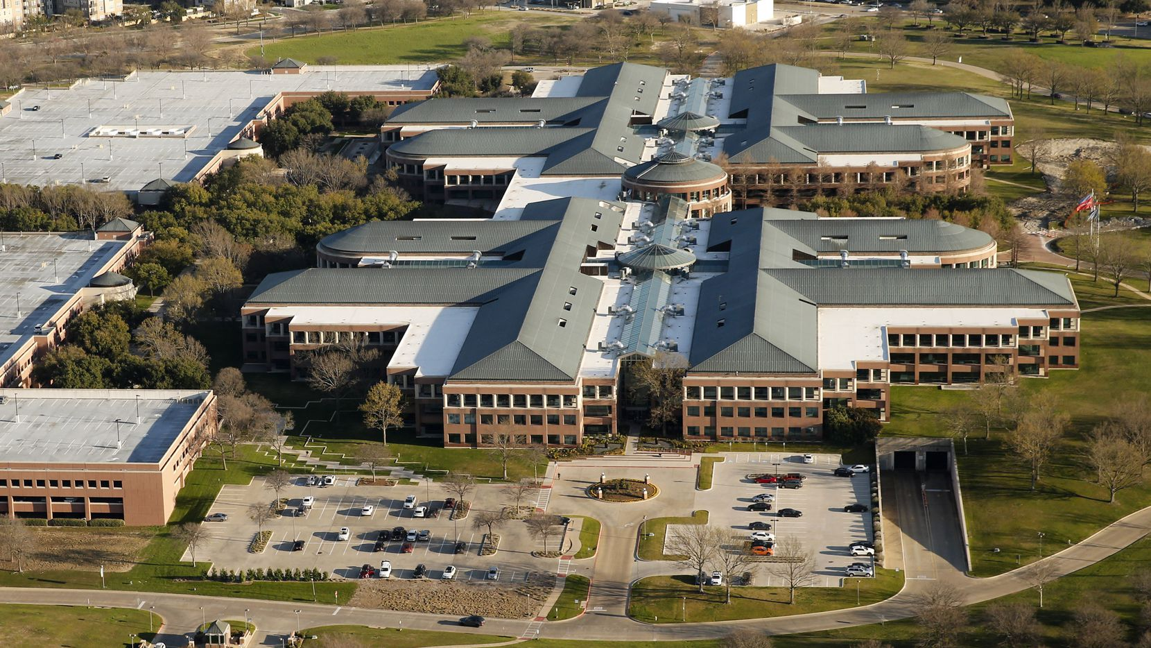 J.C. Penney built this almost 1.9 million square foot headquarters campus in Plano in 1992 after moving to Texas in 1988 from New York City.