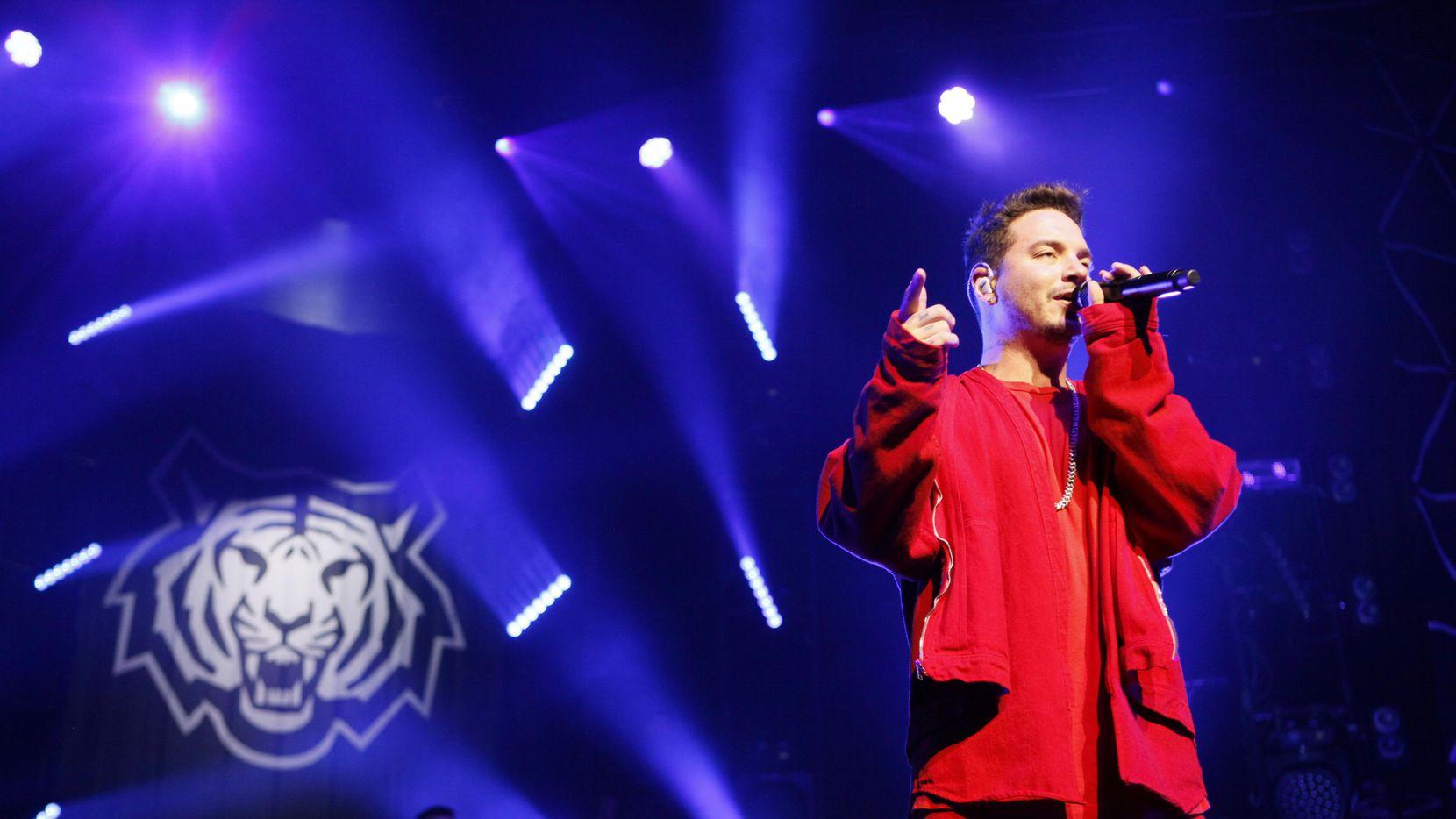 El reggaettonero J Balvin está nominado en siete categorías de los Premios Billboard a lo mejor de la música latina. (ESPECIAL PARA AL DÍA/BEN TORRES)