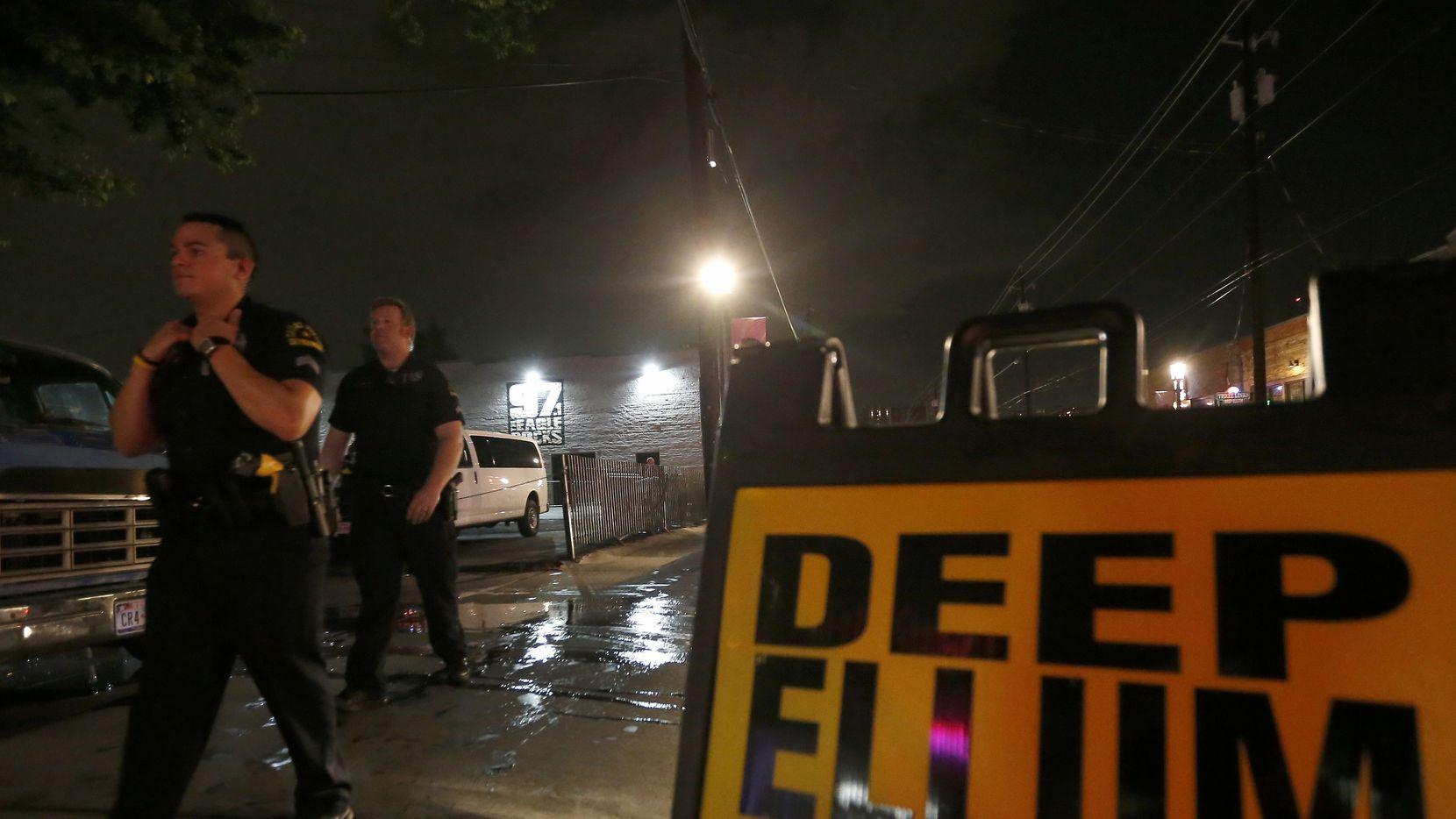 Arrestaron a dos de los tres sospechosos de un homicidio en Deep Ellum. DMN