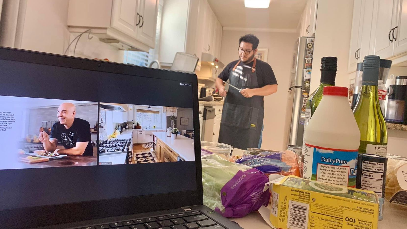 On July 30, New York Life Insurance Company's Dallas-Fort Worth office teamed up with Iron Chef Michael Symon for a live virtual cooking experience. Workers in their home kitchens cooked up Bolognese with Fresh Pappardelle. At partner Paloma Alvarado's house, her husband, Joel Gomez, got in on the action.