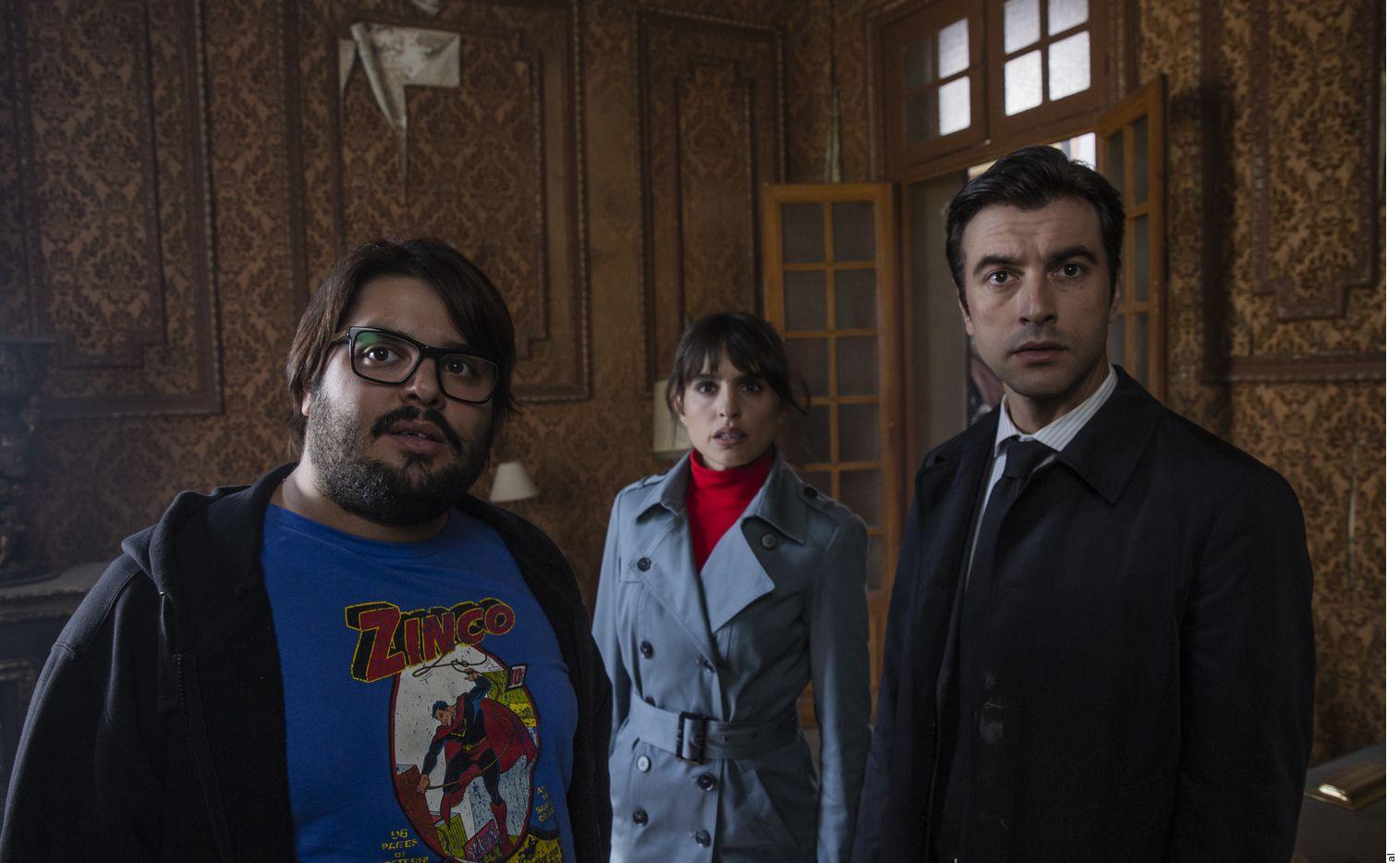 """""""Orígenes Secreto""""s es una película española basada en la novela escrita por su director David Galán Galindo en la que explora los equivalentes actuales y reales del universo de los superhéroes."""