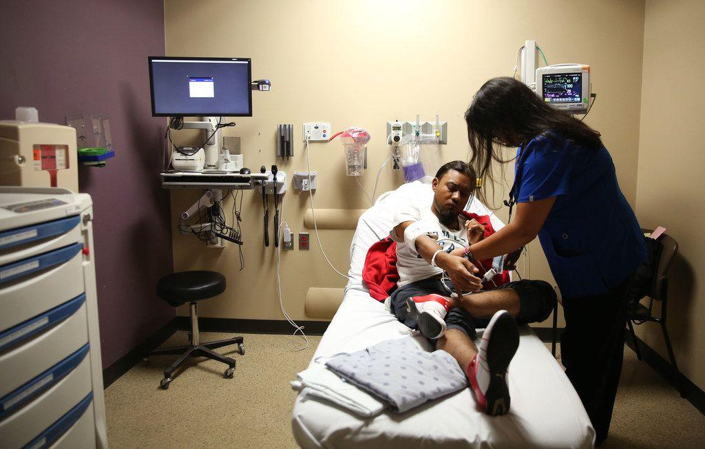 El seguro médico puede salvar a su familia de problemas económicos en caso de un accidente o enfermedad grave. El periodo de inscripción finaliza el 15 de diciembre.