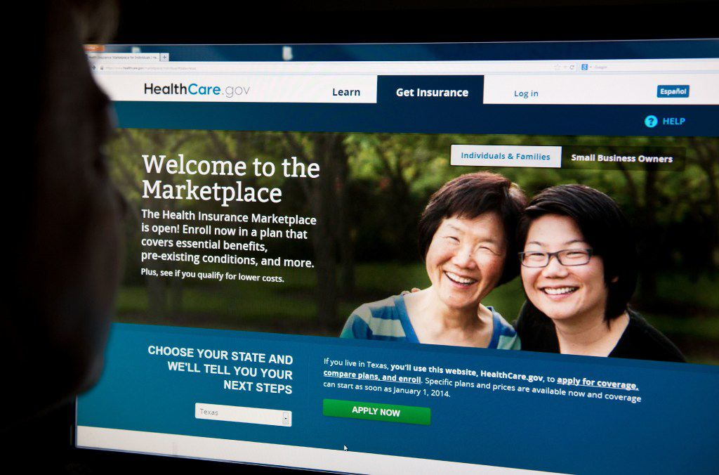 This file photo taken on Oct. 1, 2013 shows a woman looking at the HealthCare.gov insurance exchange internet site in Washington, DC. UnitedHealth Group reported strong profits and boosted its earnings forecast Oct. 18, 2016, helped by its controversial pullout from the Obamacare health insurance program. Shares of the largest US health insurer and health benefits manager led the Dow Jones Industrial Average higher, jumping nearly 6 percent on its third quarter earnings and a strong outlook 2017. UnitedHealth scored gains across the business, with increases in both employer-based health programs and those run through the US government Medicaid and Medicare programs.