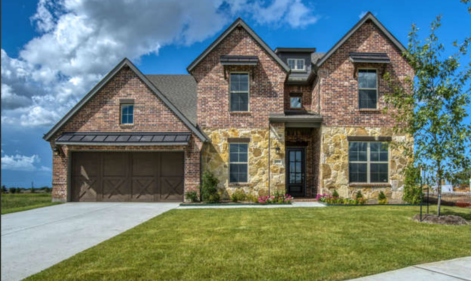 One of New Synergy Homes' new houses in Frisco.