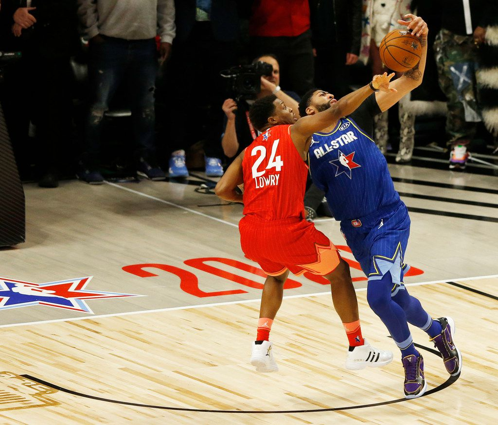 Team Giannis' Kyle Lowry (24) fouls Team LeBron's Anthony Davis (2) during the second half of play in the NBA All-Star 2020 game at United Center in Chicago on Sunday, February 16, 2020. Davis' free throw after the foul won the game. Team LeBron defeated Team Giannis 157-155. (Vernon Bryant/The Dallas Morning News)