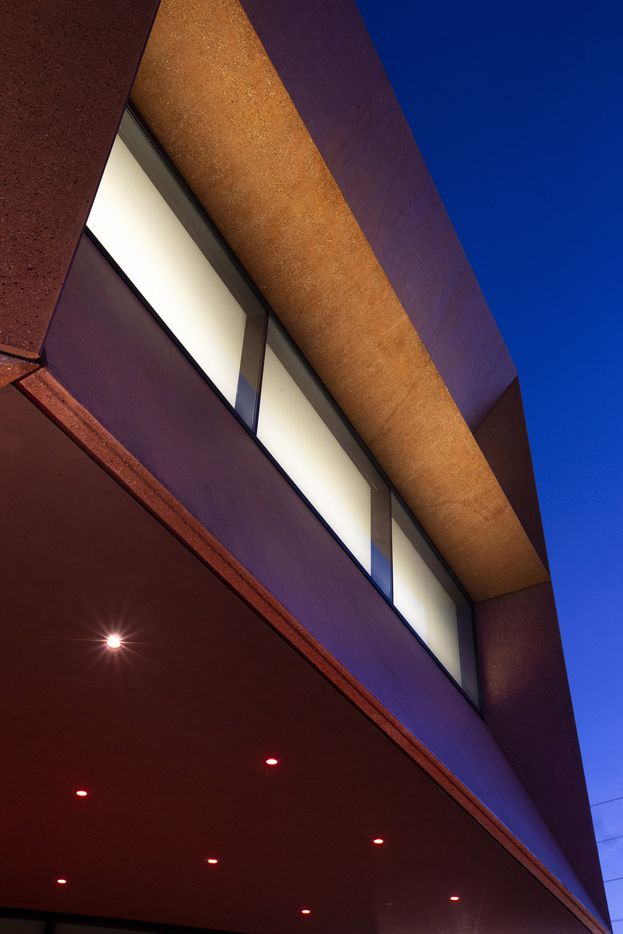At dusk, the Ruby City art center in San Antonio glows from within.