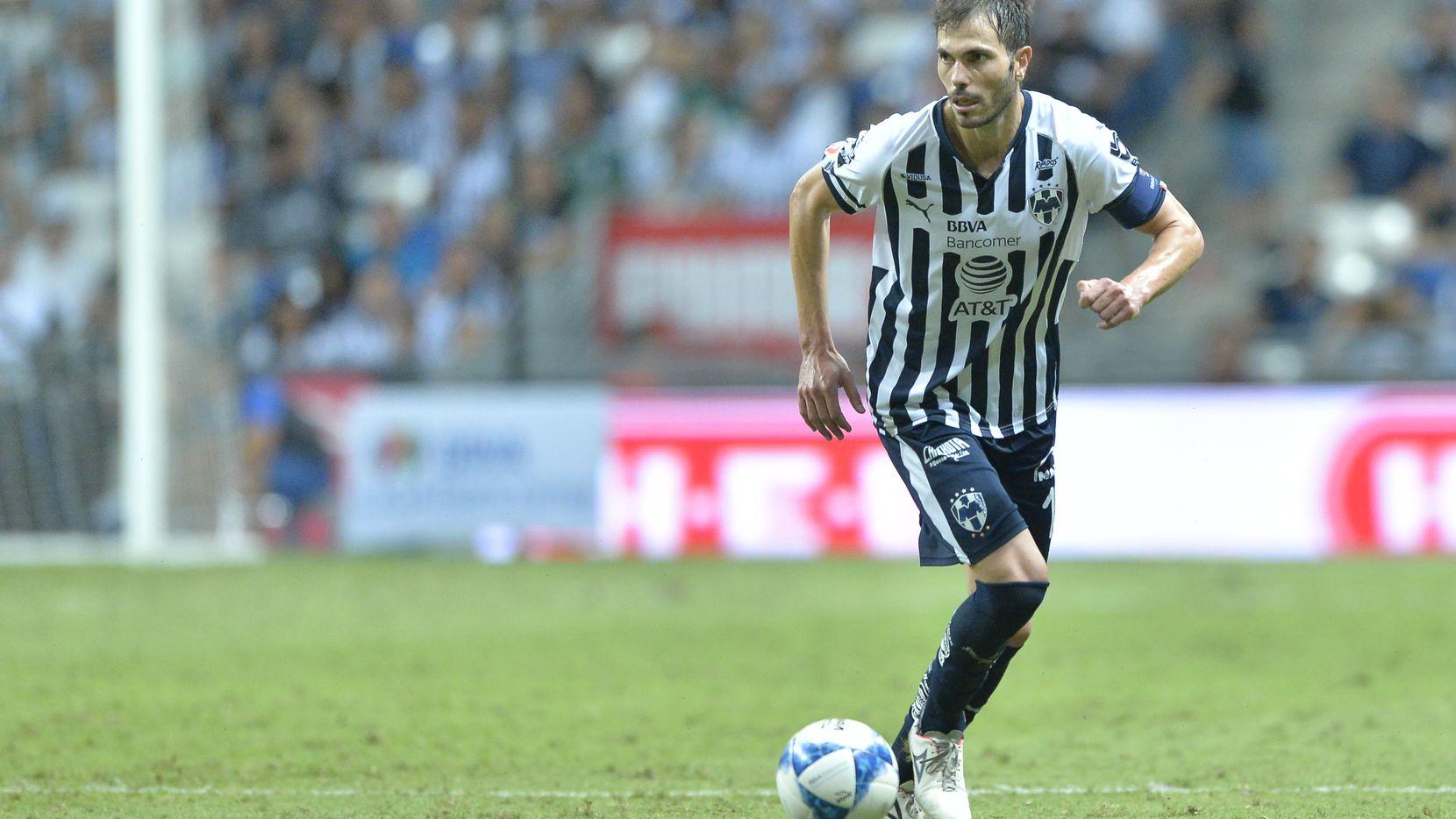 El defensa de Rayados de Monterrey, José Basanta, admite que el equipo está metido en problemas.