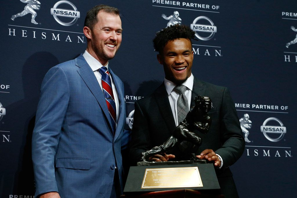 NEW YORK, NY - DECEMBER 08:  Kyler Murray and head coach Lincoln Riley of the Oklahoma Sooners poses for a photo after winning the 2018 Heisman Trophy on December 8, 2018 in New York City.  (Photo by Mike Stobe/Getty Images)