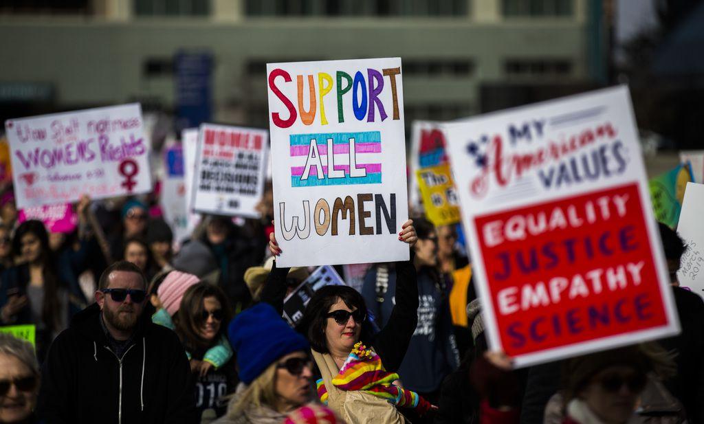 Cientos de personas participaron de la Marcha de las Mujeres en 2020. Este año la marcha tuvo que ser cancelada debido a la pandemia.