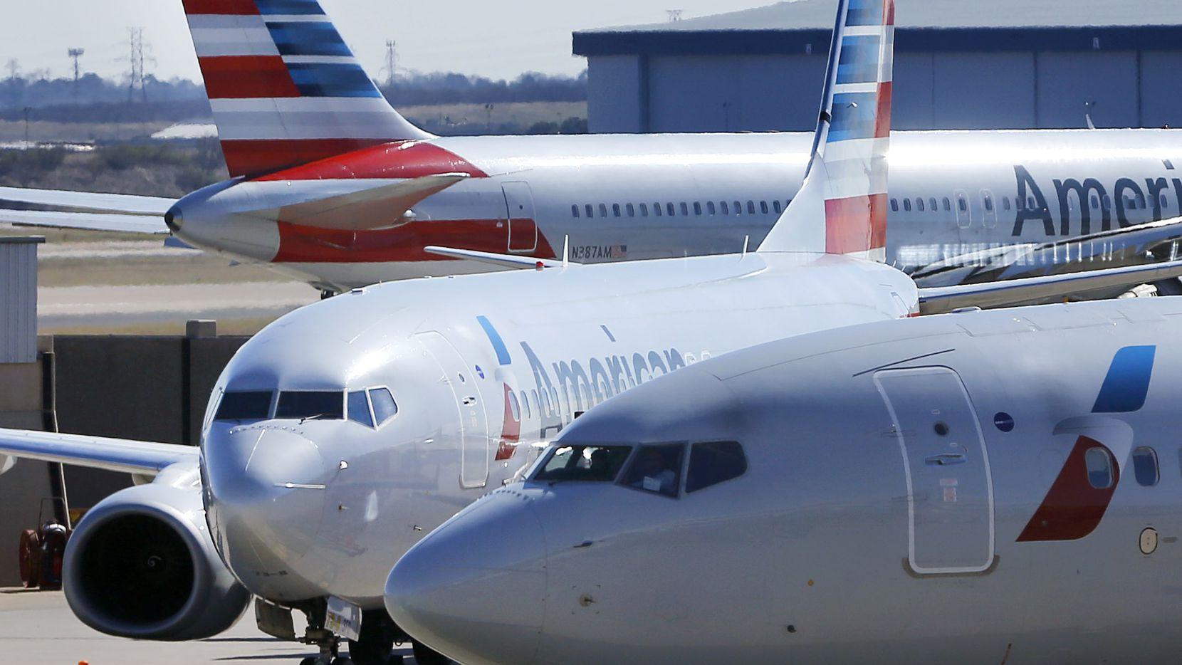 Cracked Windshield Forces American Airlines Flight To Make