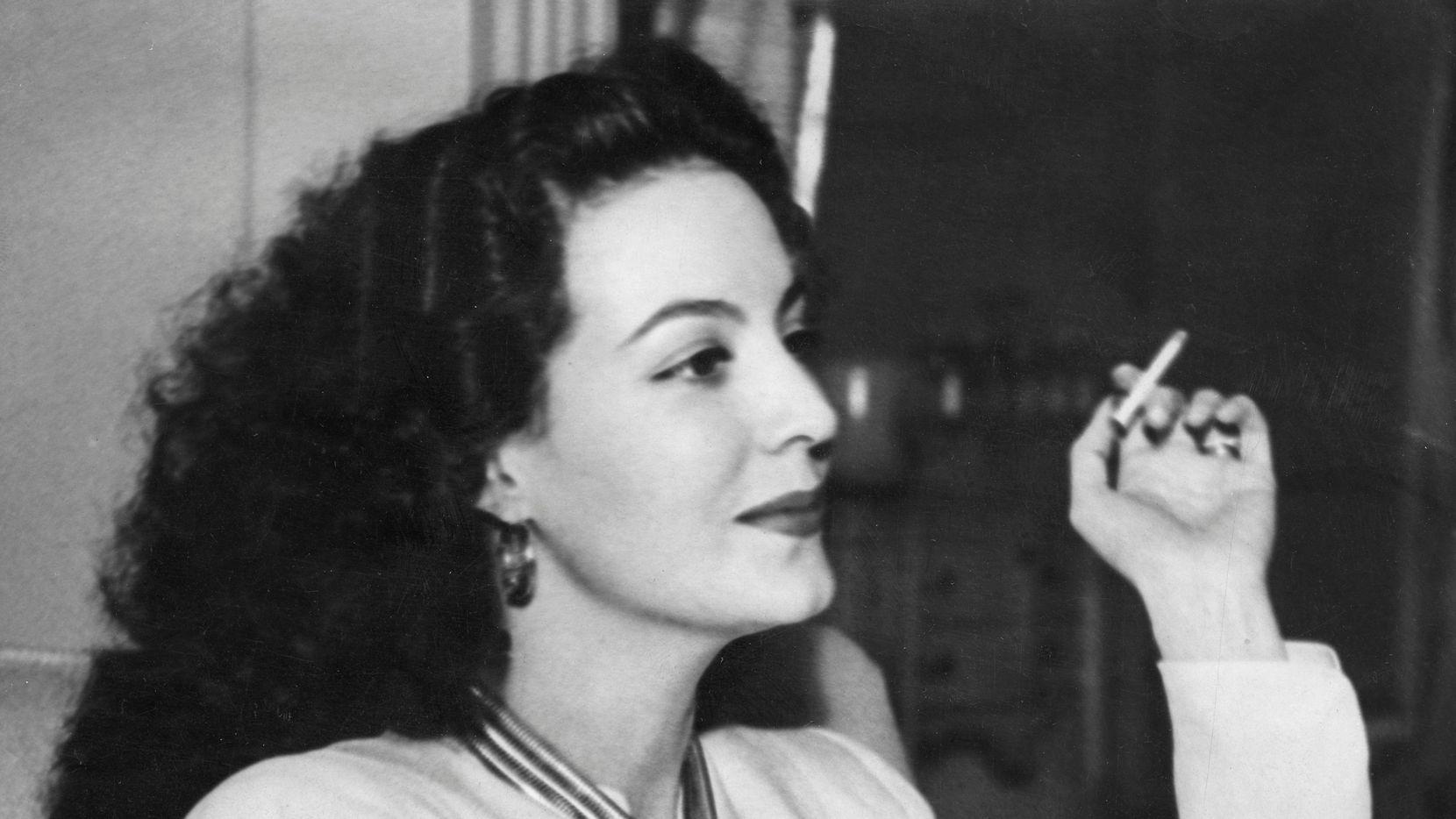 La actriz y cantante mexicana María Félix es la protagonista de 'La cucaracha'.