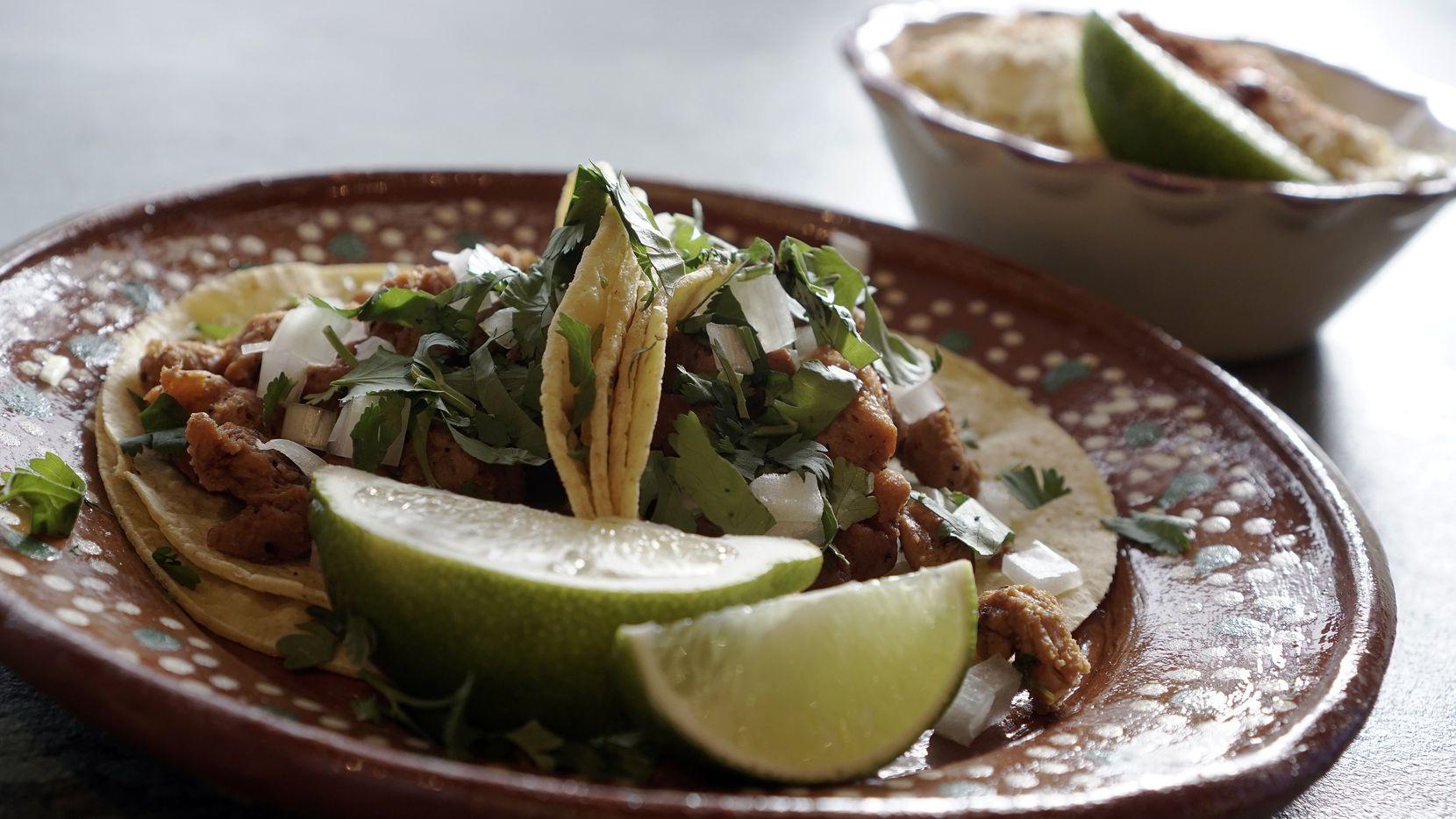 Los tacos veganos de Mariachi's  Dine In, en Fort Worth son muy populares