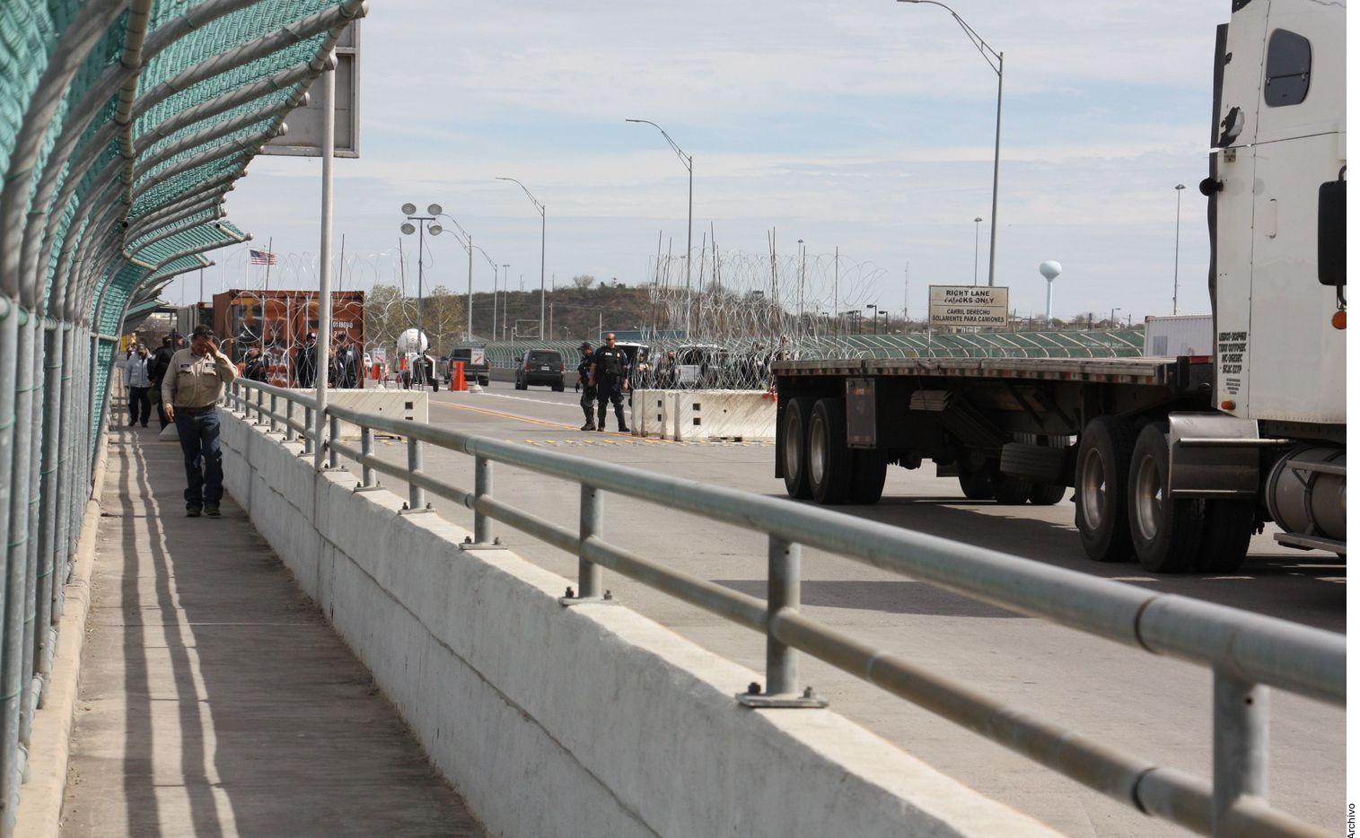Los gobiernos de México y Estados Unidos acordaron ampliar la inspección fronteriza para frenar el flujo ilícito de armas y droga en tres puntos: Piedras Negras-Eagle Pass, Ciudad Acuña-Del Rio y Ojinaga-Presidio.
