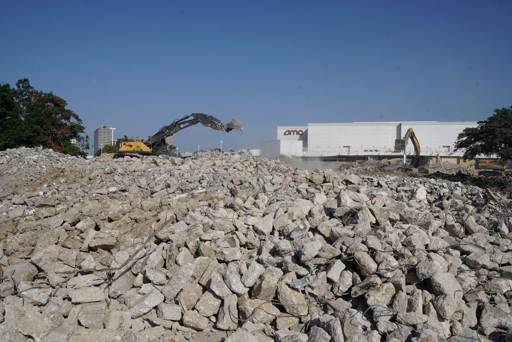 The last rubble that used to be Valley View Mall in Dallas is being hauled away.
