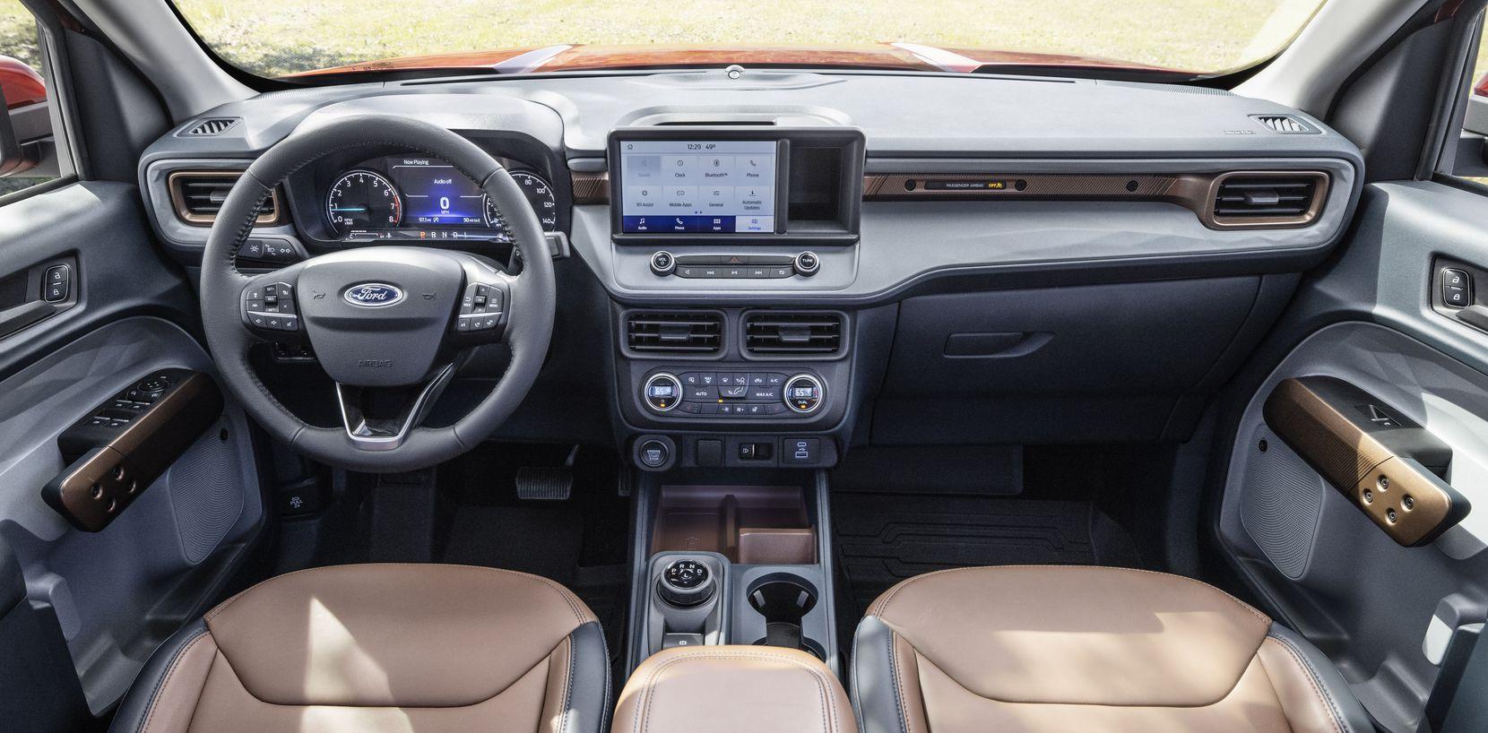 The 2022 Ford Maverick 2L-EcoBoost AWD Lariat interior.