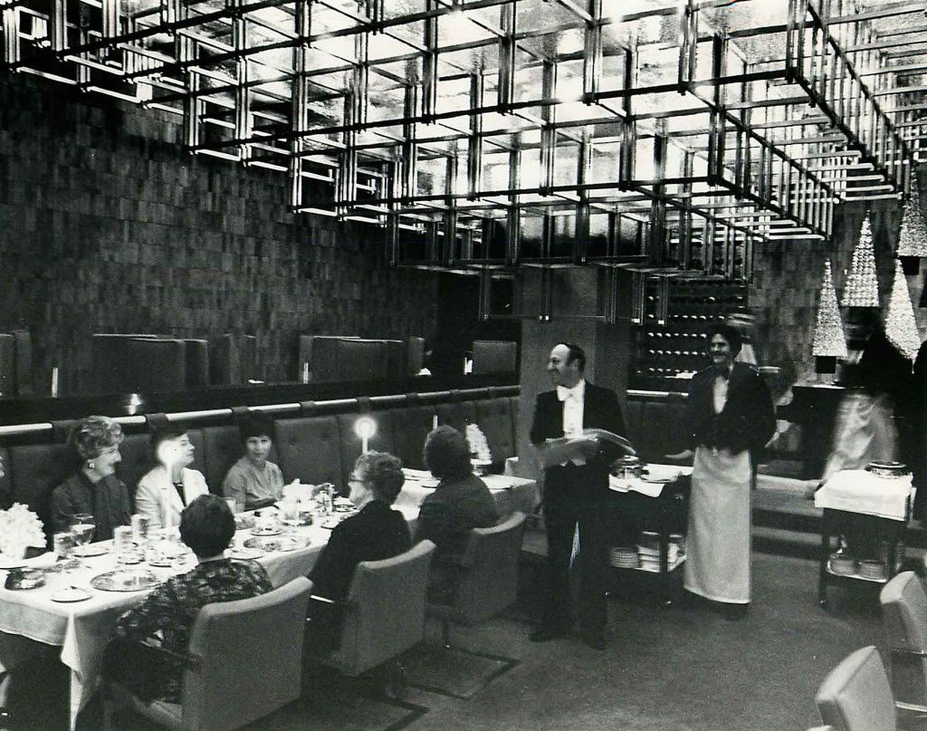 The Pyramid Room restaurant at the Fairmont Hotel, in December, 1978.