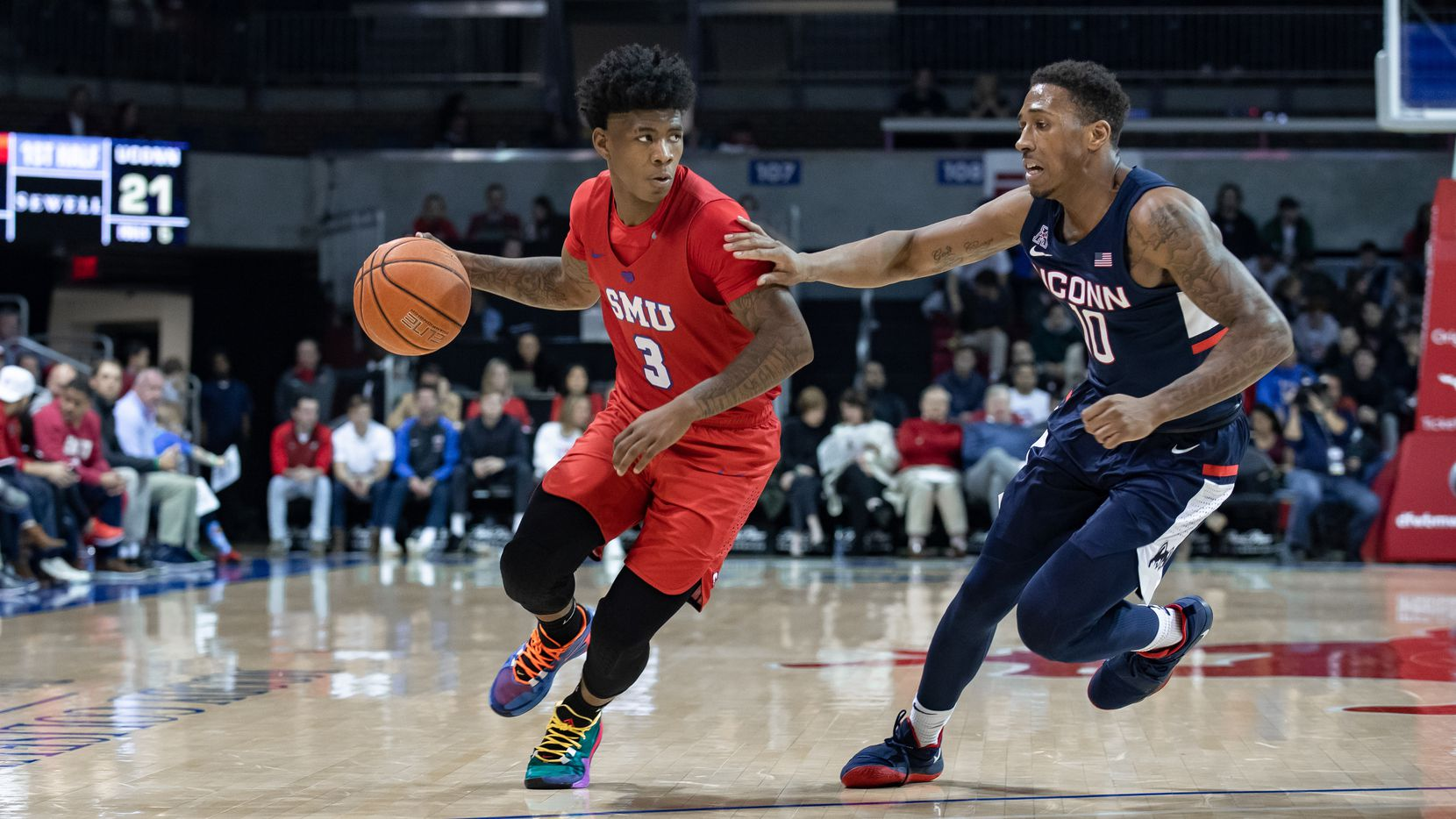 DALLAS, TX - FEBRUARY 12: SMU Mustangs guard Kendric Davis (#3) dribbles up court as UConn Huskies guard Brendan Adams (#10) defends during the American Athletic Conference college basketball game between the SMU Mustangs and the UConn Huskies on February 12, 2020 at Moody Coliseum in Dallas, Texas.  (Photo by Matthew Visinsky/Icon Sportswire via Getty Images)