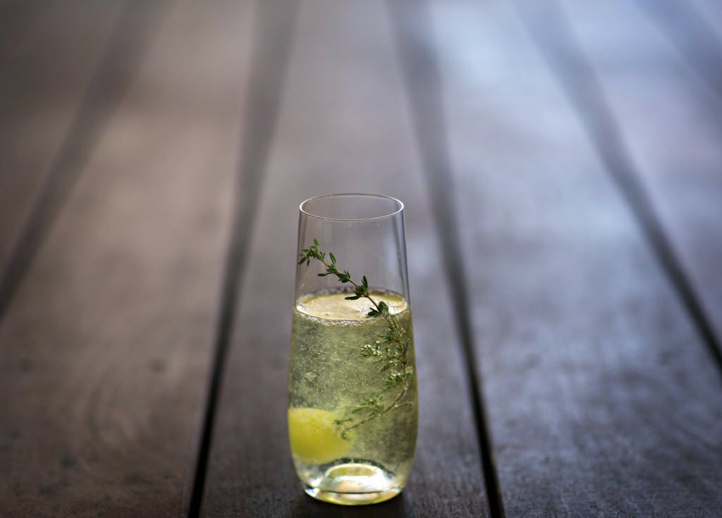 Top Knot's Sparkling Pear Shrub