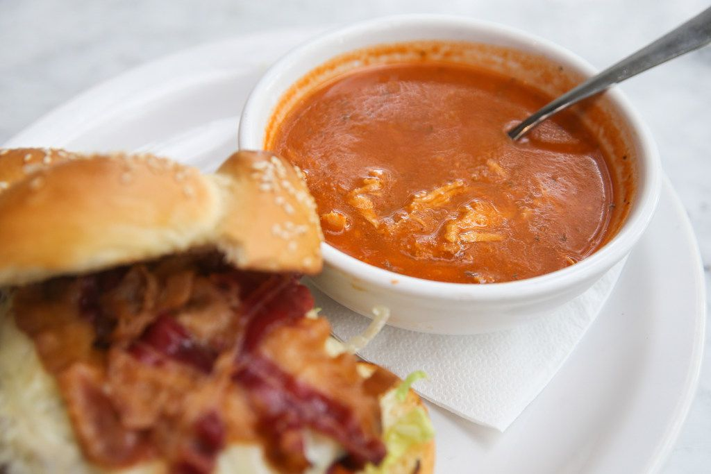 Lunch Burger with tortilla soup
